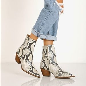 Matisse Caty boot worn once